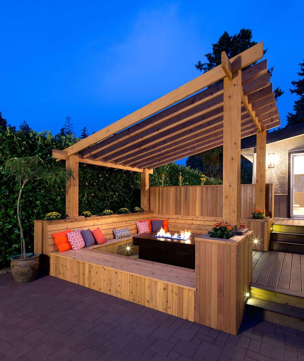 Если вы не знаете, как правильно пристроить террасу к дому, доверьте это дело профессионалам