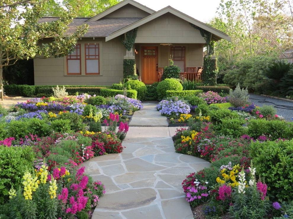 Прекрасный сад миксбордер из многолетних растений