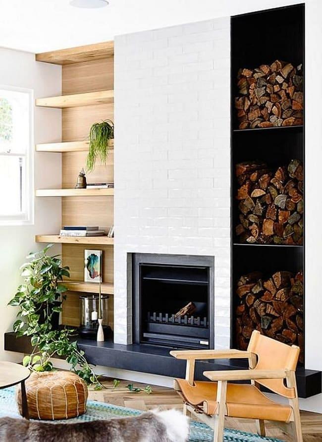 Камин в доме не только источник тепла, но и красивое украшение интерьера