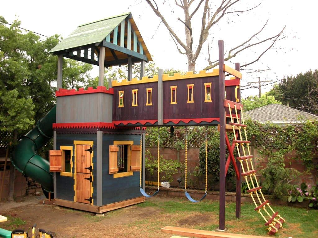 Комплексная конструкция предназначенная для игр детей от двух-трёх лет