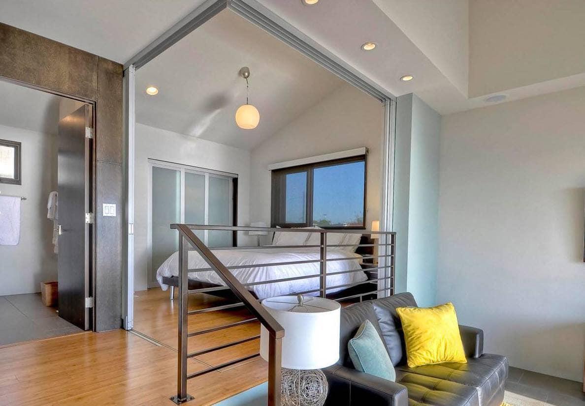 Облегченные конструкции из металла и стекла станут визитной карточкой вашего жилища
