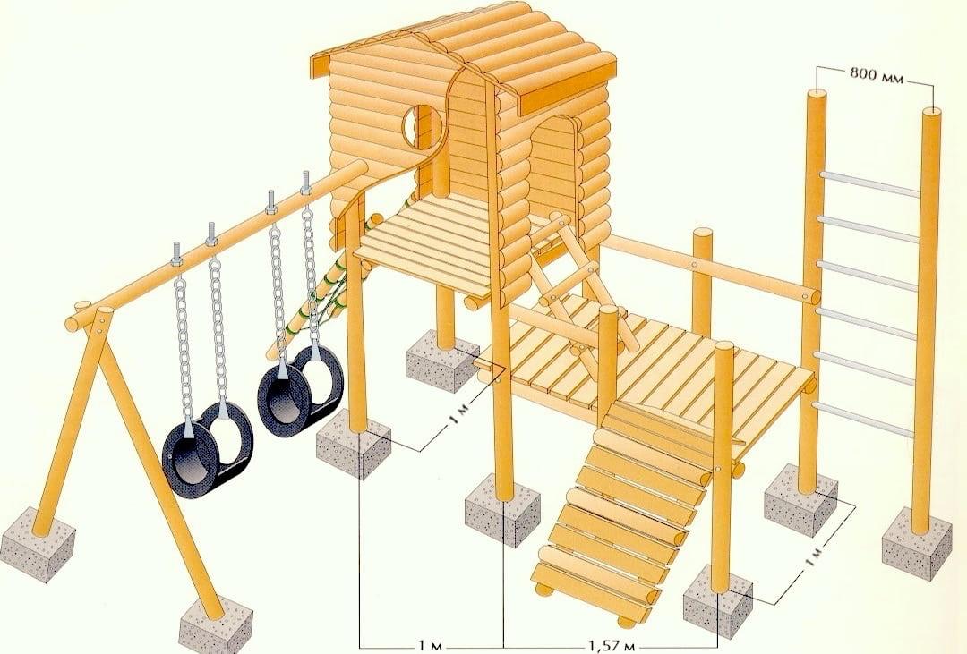 План-схема игровой площадки с небольшим деревянным домиком и подвесными кольцами на цепях