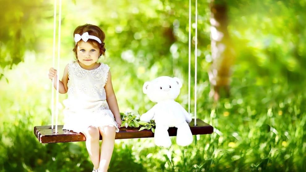 Чтобы ребенку было удобно залазить и слезать с качель, высота строп должна соответствовать росту вашего малыша