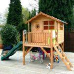 деревянный домик для малышей