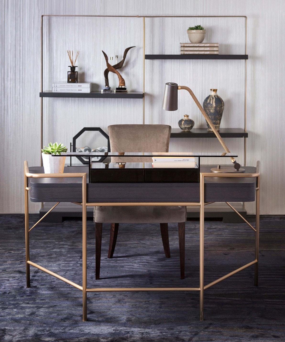 Оригинальный письменный стол дополняет стеллаж из такого же материала и форм
