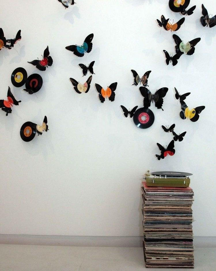 Коллекция бабочек в ретро стиле из старых виниловых пластинок