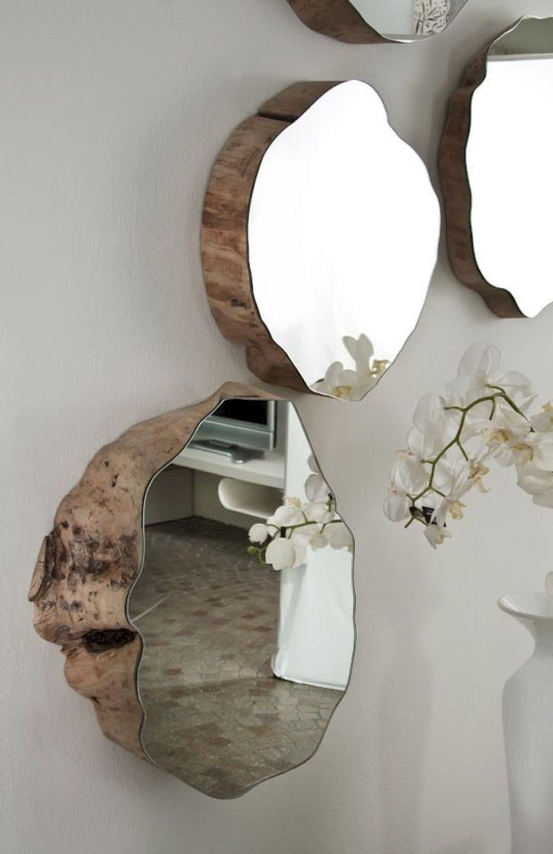 Настенные зеркала – это не только стильный, но и функциональный аксессуар вашего интерьера