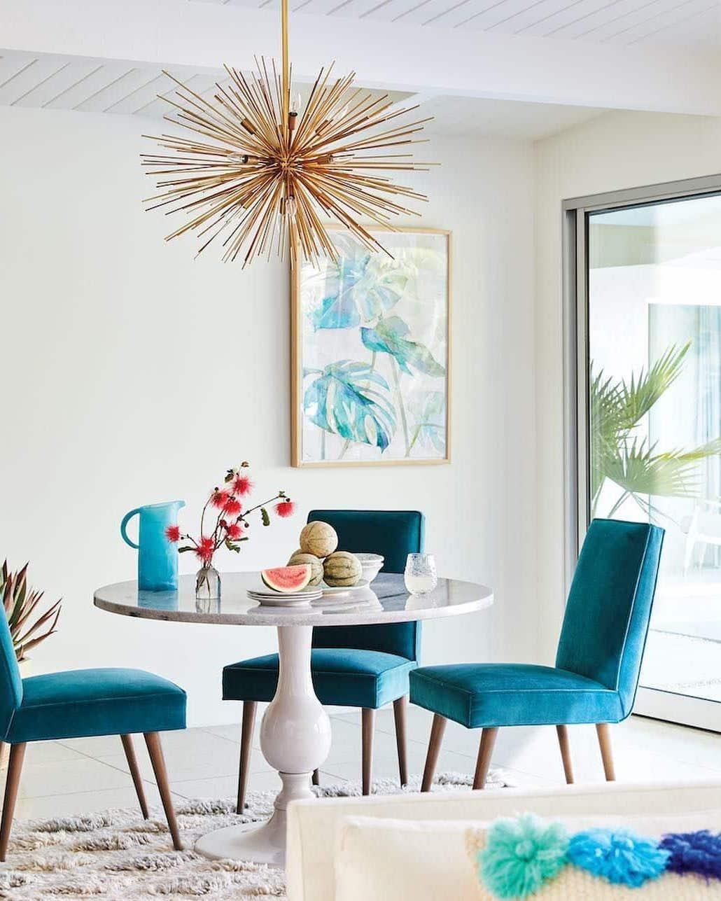 Всегда яркое настроение и заряд бодрости при помощи мебели цвета морской волны