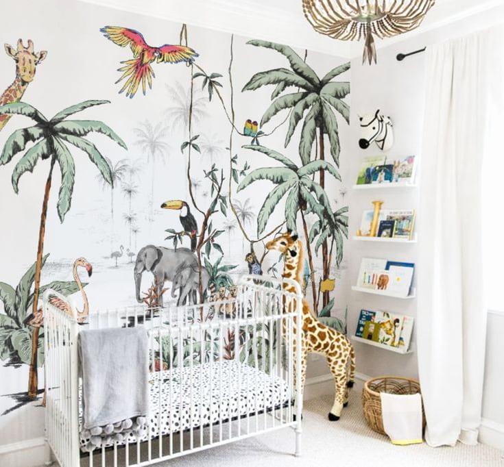 Сказочный мир диких животных в комнате малыша
