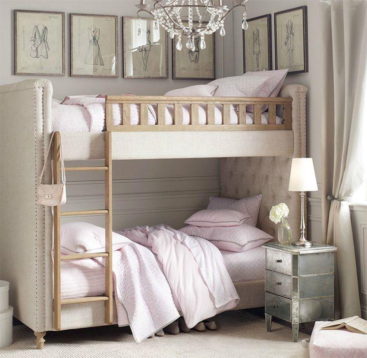 Двухъярусная кровать с мягкими изголовьями