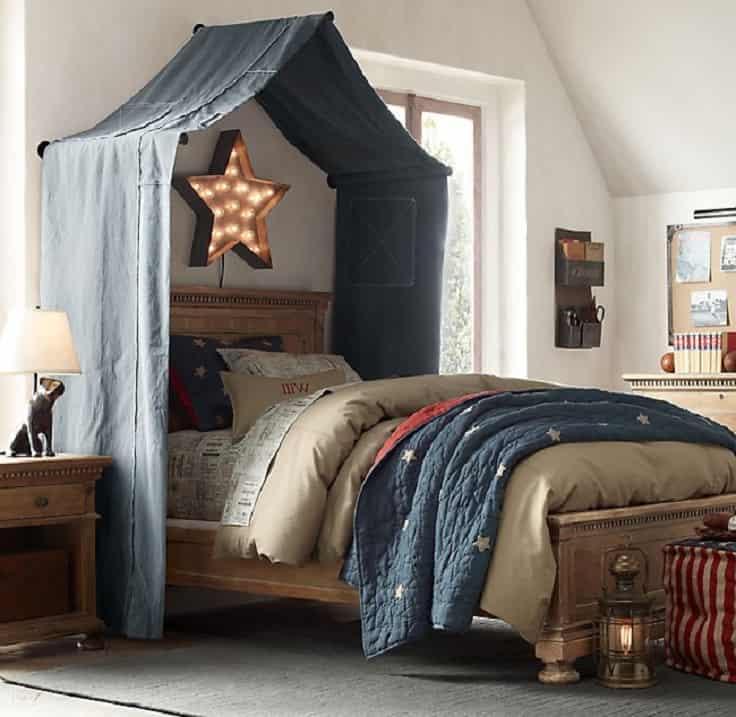 Балдахин над кроватью станет украшением интерьера