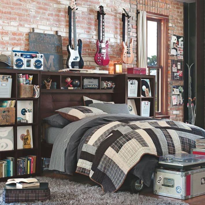 Брутальная комната гитариста в стиле лофт
