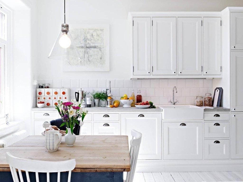 белый цвет на кухне