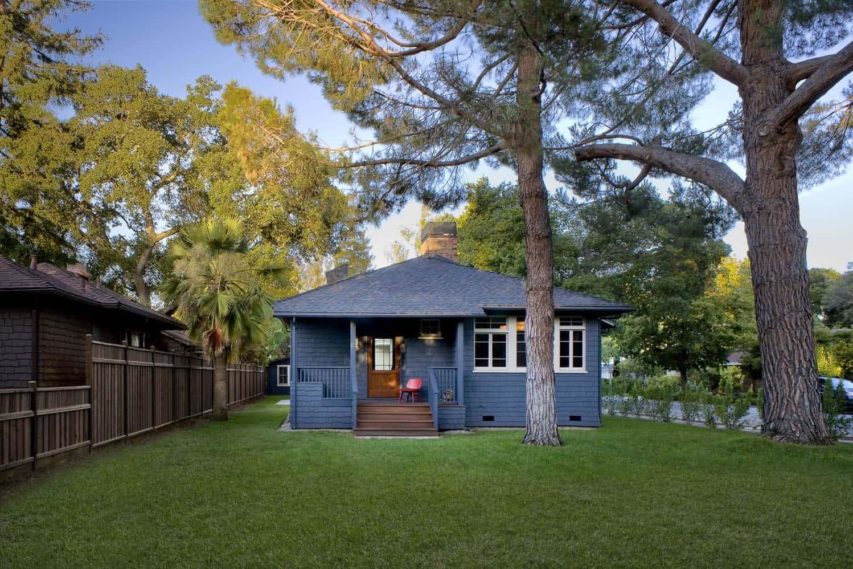 Дачный домик и участок должны гармонично сочетаться друг с другом