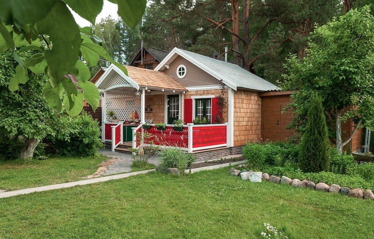 Выбор подходящего места для дачного домика – важный момент его строительства