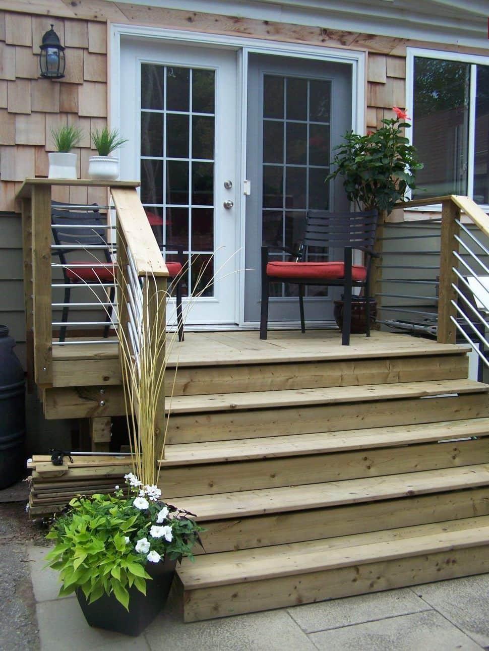 Деревянное крыльцо – оптимальные решения для бюджетного строительства