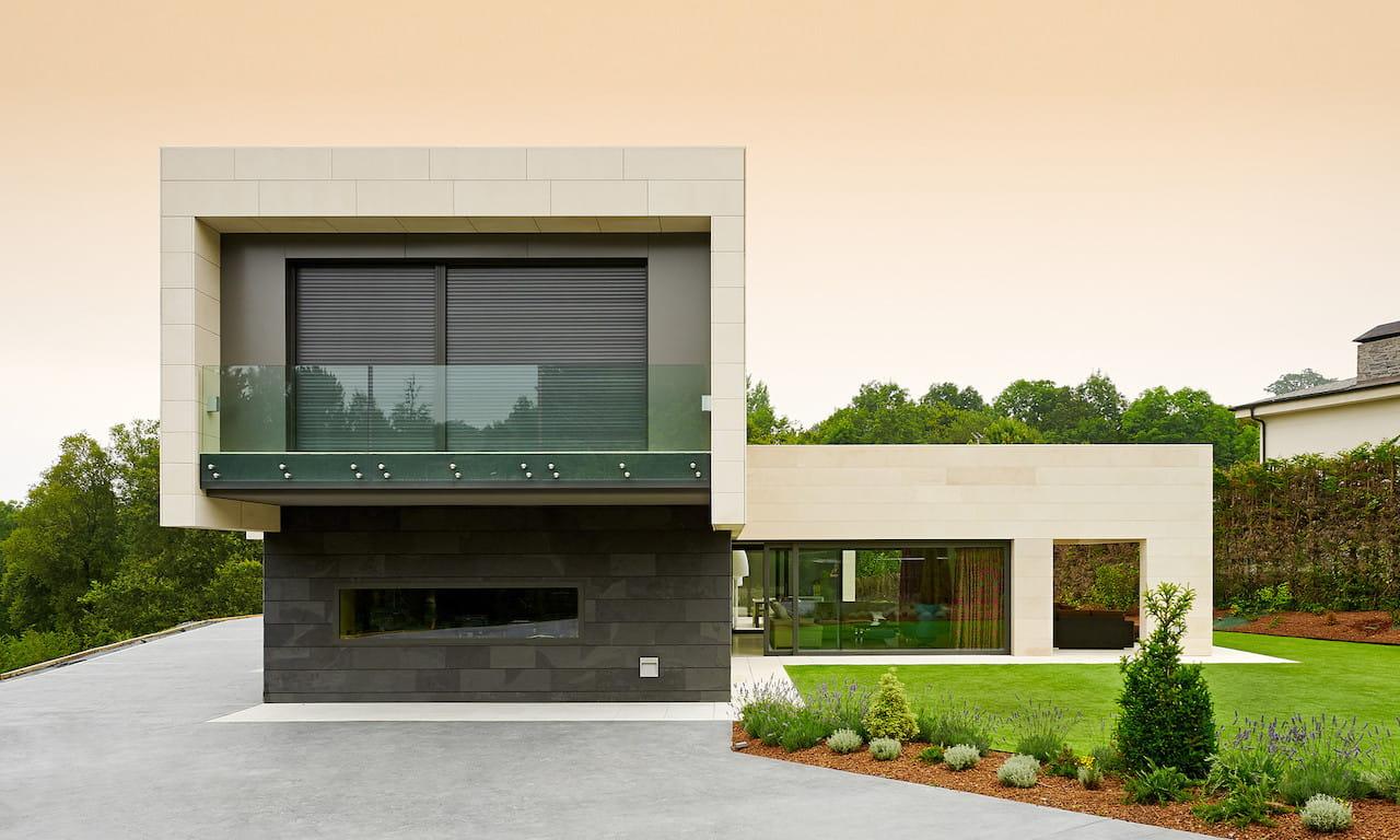 Дом с плоской крышей в скандинавском стиле фото 1