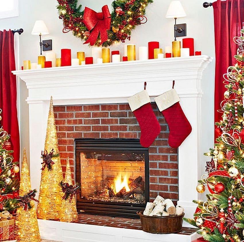 Прекрасное сочетание белого, желтого и красного цвета в интерьере гостиной с камином