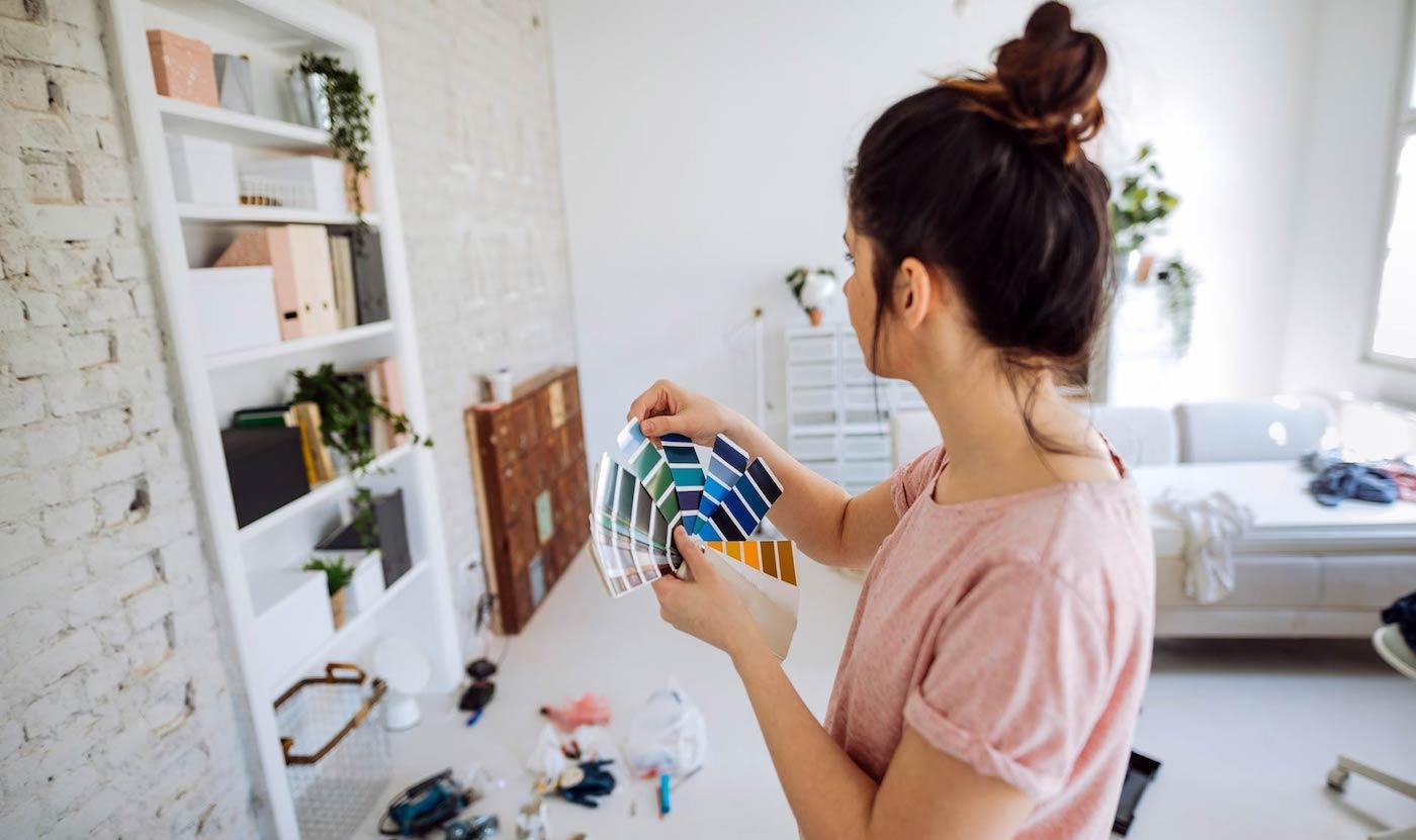 Обновить домашний интерьер без ремонта можно разными способами – главное проявить к делу творческий подход