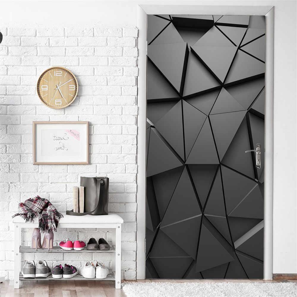Объемная 3Д наклейка на входной двери обновит интерьер прихожей