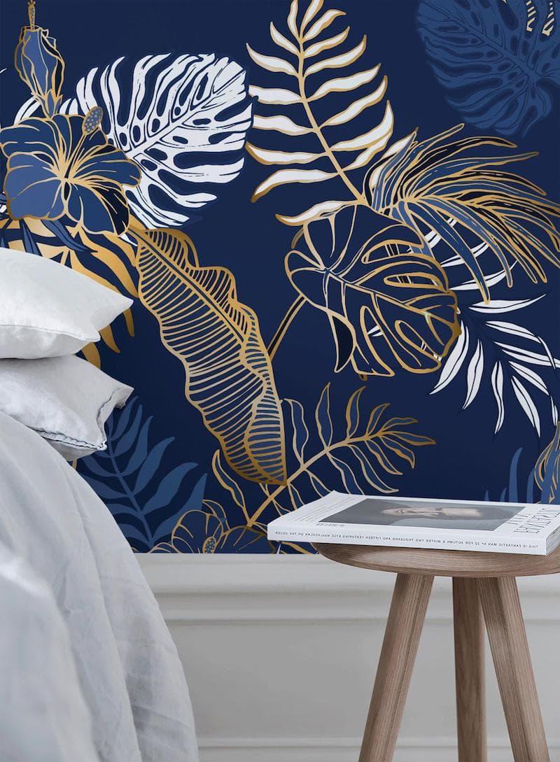 Обои с белыми, синими, золотыми листьями и цветами