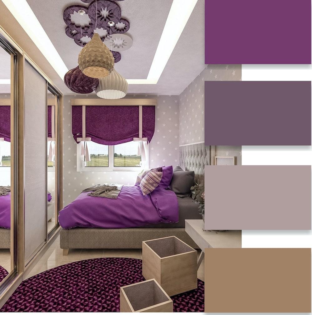 Удачное сочетание контрастного фиолетового цвета с другими оттенками
