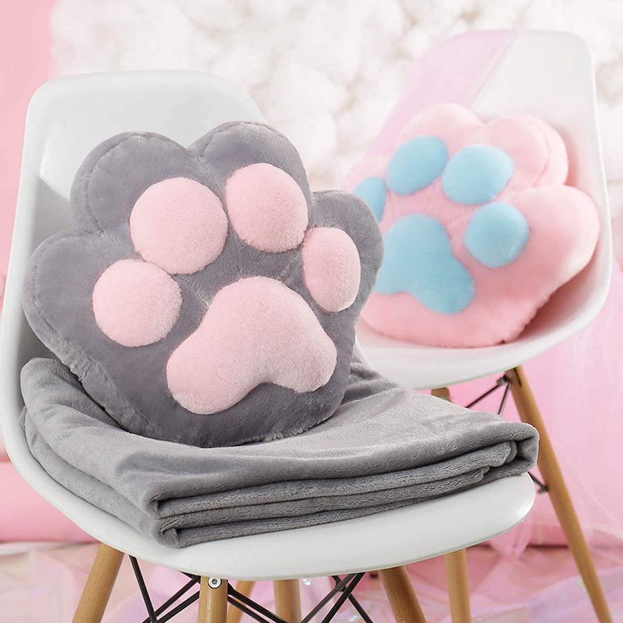 Подушечки в форме кошачьих лапок