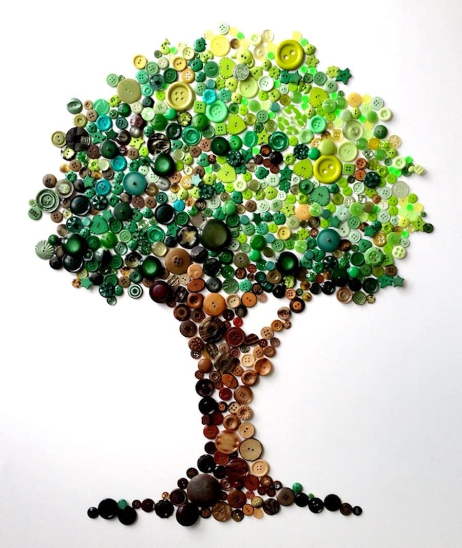 Красивое дерево из пуговиц