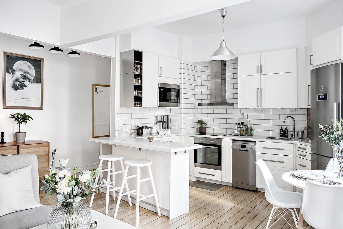 кухня в частном доме 62