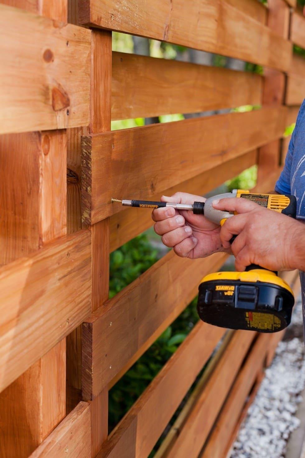красивый деревянный забор фото 20
