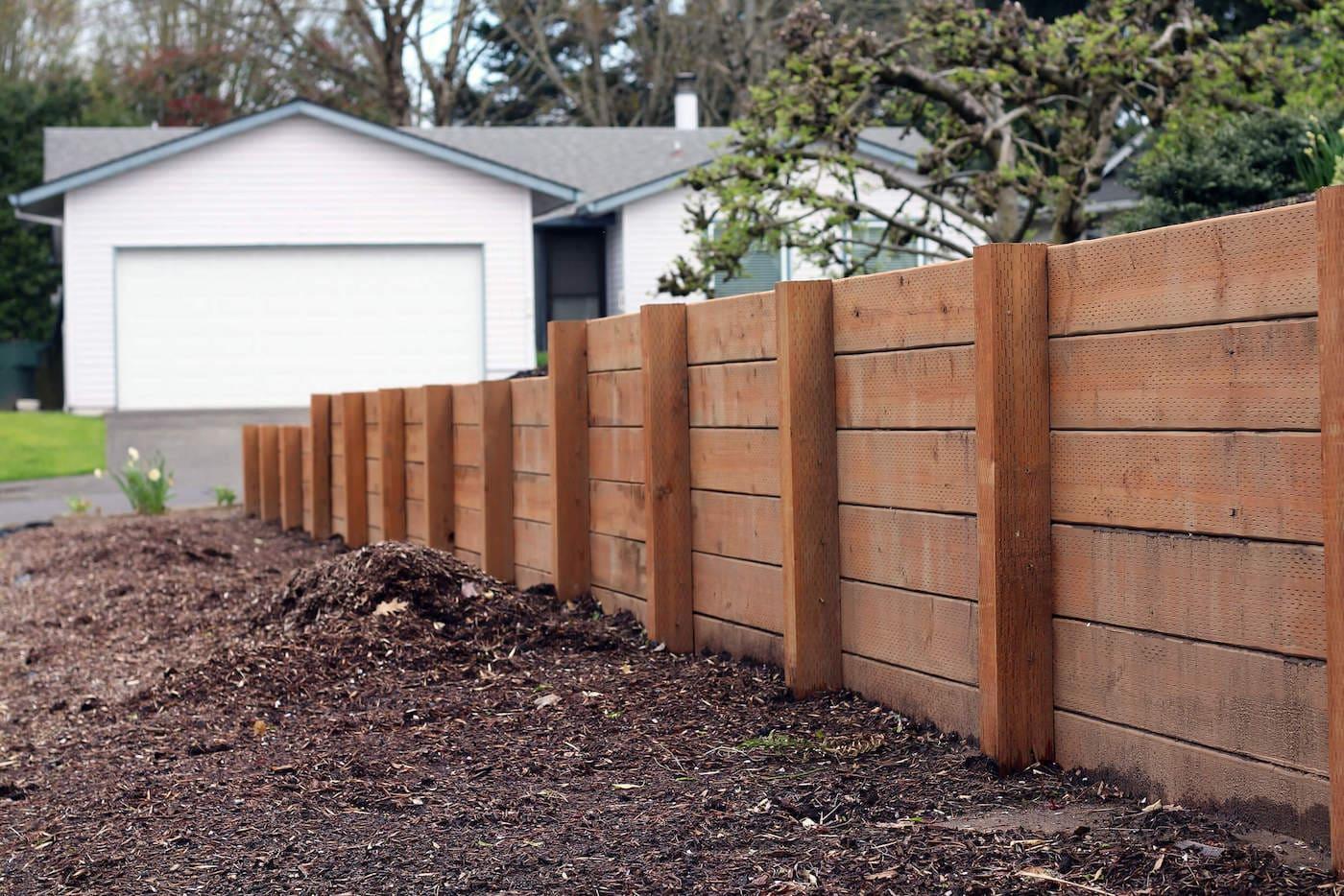 красивый деревянный забор фото 34