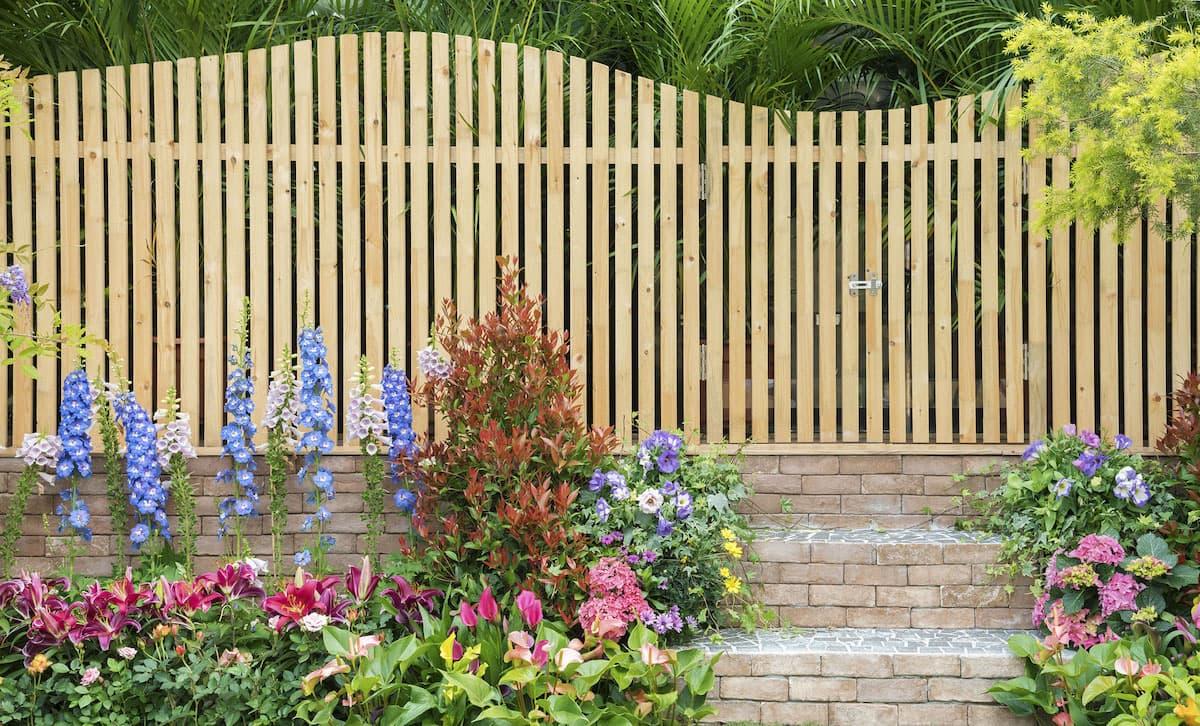 красивый деревянный забор фото 55