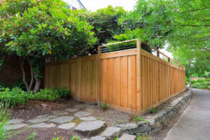 красивый деревянный забор фото 48