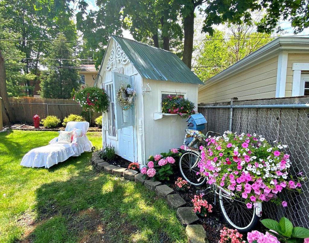красивый сад частного дома фото 10