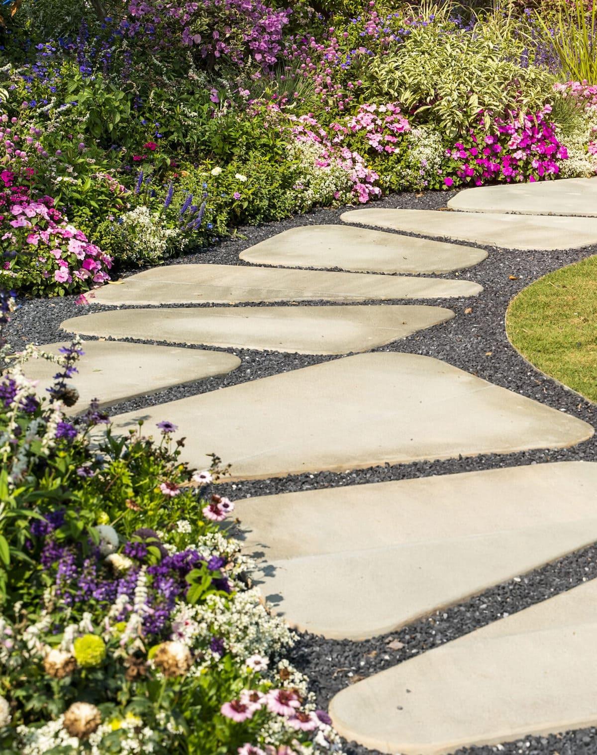 красивый сад частного дома фото 24