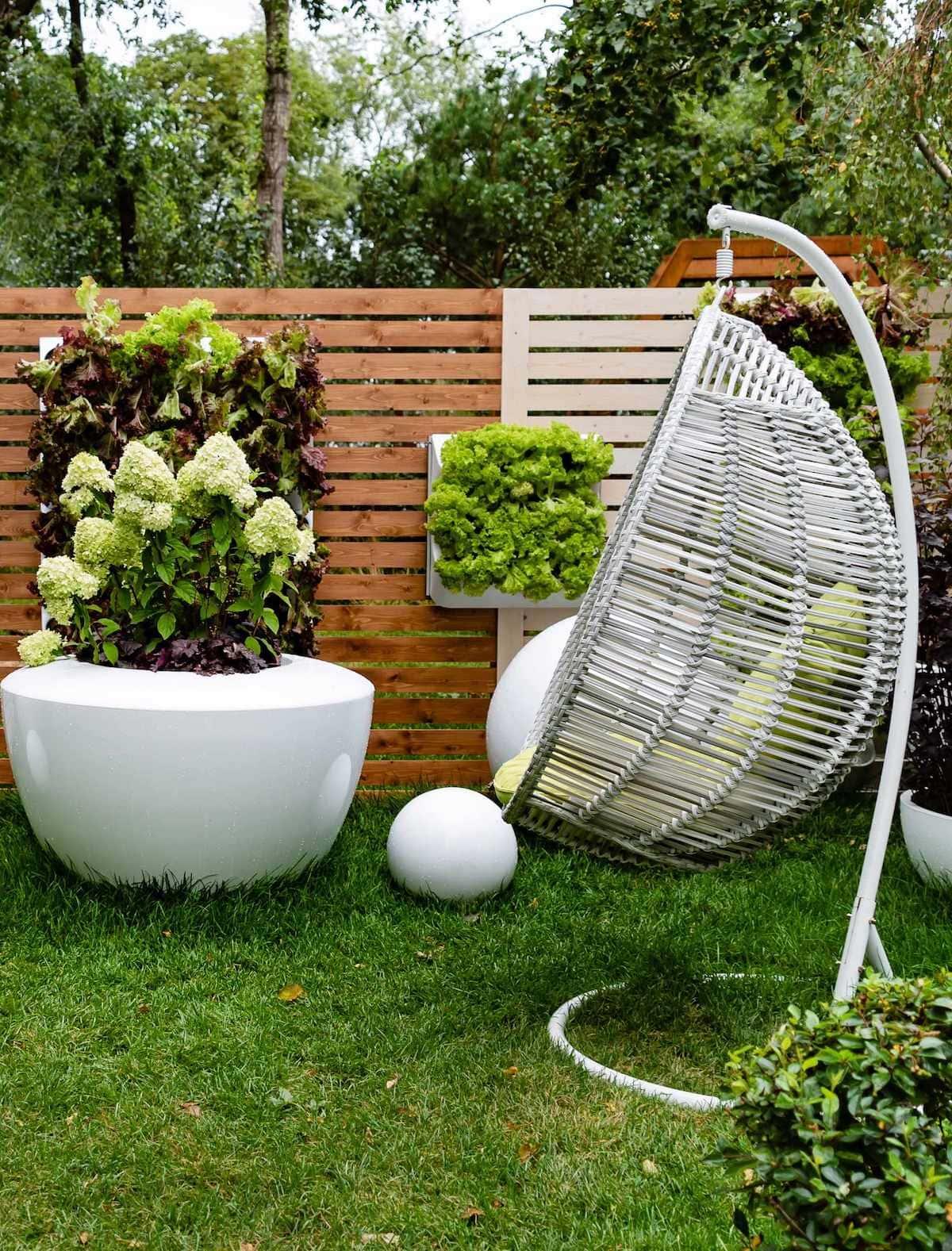красивый сад частного дома фото 30