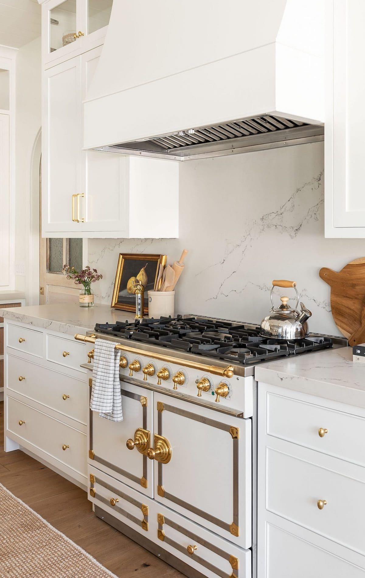 белая кухня фото 6